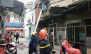 Sài Gòn: Chung cư bốc cháy dữ dội, mẹ già và con trai bị tai biến mắc kẹt