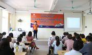 Nhiều đề tài mang tính thực tiễn tại hội thảo khoa ngoại ngữ Đại học Đại Nam