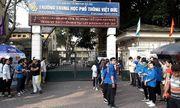 Hình ảnh ngày đầu thi lớp 10 tại Hà Nội: Nhiều thi sinh chạy hớt hải vì đi muộn
