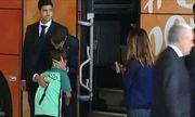 Hành động bất ngờ của C. Ronaldo khiến người hâm mộ ấm lòng