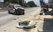 Xe cấp cứu mất lái đâm thẳng vào nhà dân, nhiều người hoảng hốt