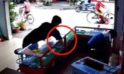 Camera ghi hình thanh niên táo tợn trộm 2 iPhone 7 plus trong tích tắc