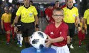 World Cup 2018: Khoảnh khắc hài hước cậu bé cướp bóng của trọng tài