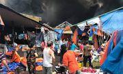 Hà Nội: Chợ Sóc Sơn cháy dữ dội lúc rạng sáng