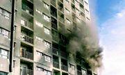 Chung cư ở Sài Gòn bốc cháy nghi ngút, người dân hoảng loạn thoát thân