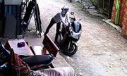 Thua độ World Cup, đi theo bạn trộm xe máy