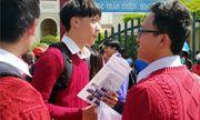 Lâm Đồng: Hai thí sinh đi cấp cứu khi đang làm bài thi Ngữ văn