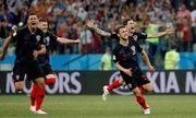 Croatia đi tiếp kịch tính, Modric suýt thành tội đồ