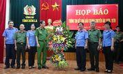"""Tổ chức họp báo vụ """"san phẳng"""" thủ phủ ma túy ở Lóng Luông"""