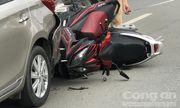 Tin tai nạn giao thông mới nhất ngày 11/7/2018: Hai xe máy nát đầu, dính chùm vào đuôi ôtô