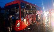 Hai xe khách đối đầu, hàng chục người bị thương