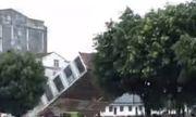 Video: Mưa lớn gây sạt lở, nhà cao tầng đổ sập trong tích tắc