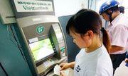 """4 """"ông lớn"""" ngân hàng bị yêu cầu báo cáo vụ đồng loạt tăng phí ATM"""