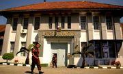 Bắt giữ giám đốc nhà tù Indonesia cung cấp gói dịch vụ hạng sang cho tù nhân tham nhũng