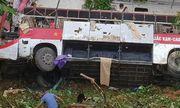 Vụ xe khách lao xuống vực ở Cao Bằng: Cháu bé 11 tuổi sống lại kỳ diệu