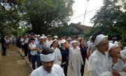 Vụ tai nạn 13 người chết ở Quảng Nam: Cả làng xót xa đưa người gặp nạn về nơi an nghỉ