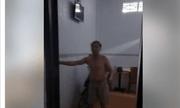 Cởi trần trong nhà nghỉ với goá phụ trẻ, Chủ tịch xã bị đề nghị kỷ luật