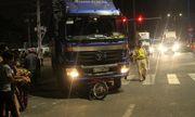 Clip: Hiện trường vụ tai nạn khiến người phụ nữ thiệt mạng dưới gầm xe bán tải