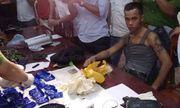 Công an truy đuổi 20km, bắt nam thanh niên vận chuyển 5.800 viên ma túy tổng hợp