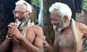 Video: Rùng mình với người đàn ông ngậm đầu rắn hổ mang