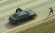 Video: Cảnh sát Mỹ đấu súng 'nghẹt thở' như phim hành động với nghi phạm