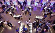 Samsung chính thức mở cửa hàng di động lớn nhất thế giới