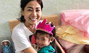 Sau bao ngày xa cách, bé Lavie tươi cười hạnh phúc khi mẹ Mai Phương được xuất viện