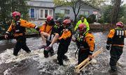 Nước Mỹ hoang tàn, đổ nát sau 8 giờ bị siêu bão Florence tàn phá