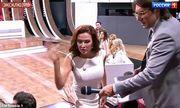 Video: Nữ diễn viên Nga tát khán giả ngay trên sóng truyền hình vì xúc phạm con trai khuyết tật