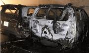 Đà Nẵng: Gara ô tô bốc cháy trong đêm, nhiều chiếc xe bị thiêu rụi