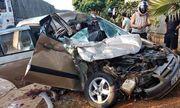 Ô tô con lao thẳng vào đuôi xe tải, 4 người thương vong