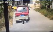 Video: Hiểm họa khôn lường của việc vừa đi vừa