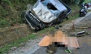 Xe bán tải mất lái rơi xuống mương nước, 2 người thương vong