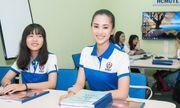 Hoa hậu Tiểu Vy trở lại trường học sau chuỗi ngày tất bật