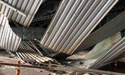 Video: Khoảnh khắc xe tải kéo sập giàn giáo ở đầu hầm Thủ Thiêm
