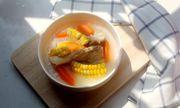 Món ngon mỗi ngày: Canh ngô hầm xương ngọt lịm