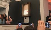 Sửng sốt bức tranh được đấu giá 1,4 triệu USD bỗng tự huỷ ngay sau khi chốt giá
