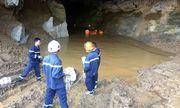 Hòa Bình: Đã xác định được vị trí của 2 phu vàng mắc kẹt trong vụ sập mỏ