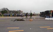 Tin tai nạn giao thông mới nhất ngày 13/11/2018: Xe container lật, đè chết 2 mẹ con ở Ba Vì