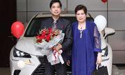 Ngọc Sơn được mẹ tặng xe tiền tỷ nhân dịp sinh nhật
