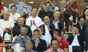 Thủ tướng: Biển cờ sôi động đang hướng về đội tuyển bóng đá Việt Nam