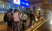 Video: Hành khách mắc kẹt tại sân bay Đà Nẵng do đường ngập nước