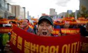 Hàn Quốc: Sợ mất việc vì dịch vụ đi chung xe, tài xế taxi truyền thống tự thiêu