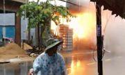 Video: Tủ điện ở Đà Nẵng phát nổ như bom sau trận mưa lịch sử
