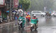 Dự báo thời tiết ngày 12/12/2018: Hà Nội vẫn mưa rào, trời rét đậm về đêm