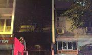 Cháy lớn tại quán karaoke gần Văn Miếu - Quốc Tử Giám trong đêm, khách hát chạy tán loạn