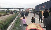 Tai nạn kinh hoàng ở Hải Dương: Xe tải đâm vào đoàn đi viếng, 8 người chết thảm