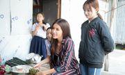 Minh Tú mang cái Tết kỳ diệu cho 4 bà cháu nhà nghèo tại Đồng Tháp