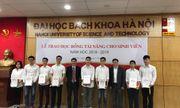 Đại học Bách khoa Hà Nội trao học bổng cho học sinh xuất sắc