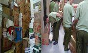 Hà Nội: Đội QLTT số 6 bắt giữ kho sách